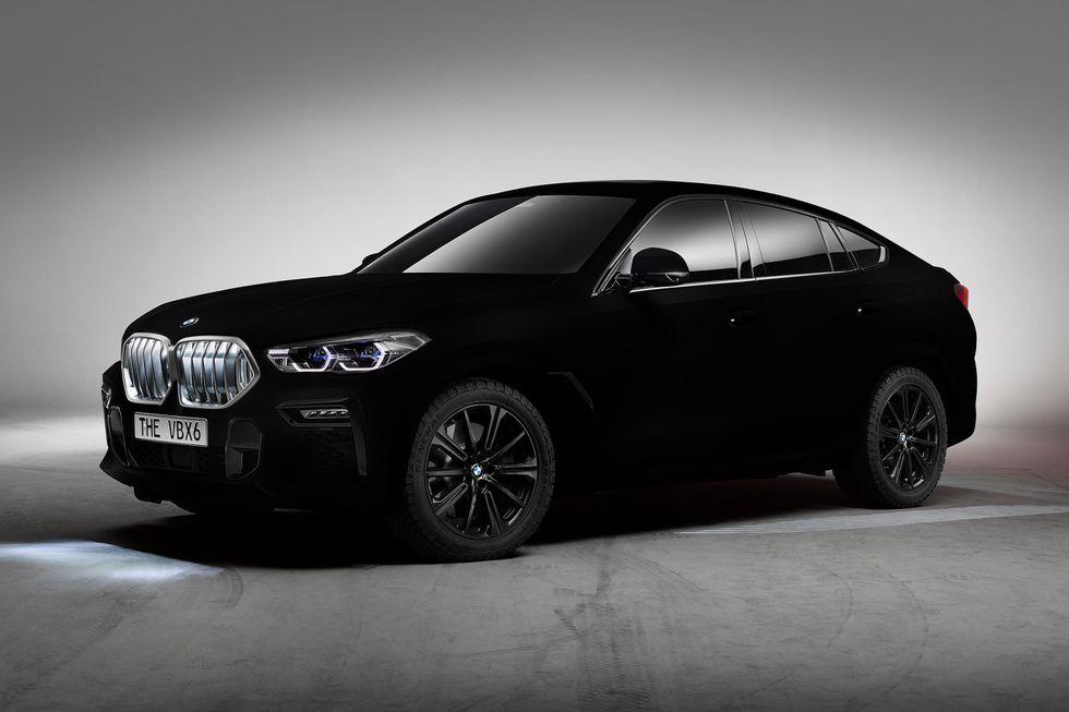 La 2020 BMW X6 è disponibile in Vantablack, ma non per il grande pubblico.